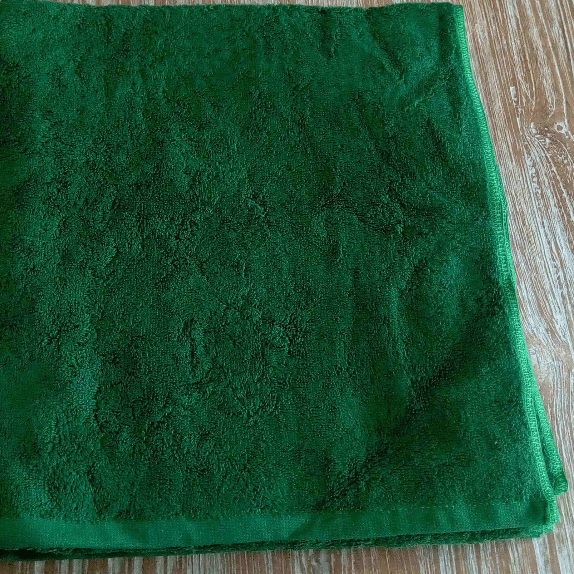 Bath Towel - Green - BaliOz